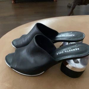 Kenneth Cole open toe ladies mules